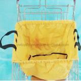昇進かショッピングのためのスーパーマーケットの食料雑貨のカート袋の使用