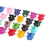 La piccola plastica dei bambini di fiori 4claws ferma i capelli con una graffetta del morsetto