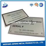 Metallo di alluminio su ordinazione che timbra targhetta con l'incisione del laser