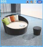 A mobília do pátio piscina redonda de vime Sofá Sofá-Cama