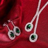 De de Geplateerde Halsband en Oorring van Cryatal van de Reeksen van de Juwelen van het huwelijk Platina