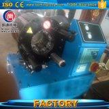 Finn le raccord du flexible hydraulique de puissance le sertissage de la machine avec outil de changement rapide