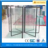 Estufa de vidro de construção isolada cavidade da fachada moderada