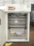 La tenue de 352 oeufs Volaille Automatique numérique pour la vente d'Incubateur d'oeufs de poulet