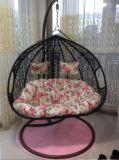 옥외 백색 등나무 계란 그네 의자