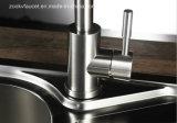 Acero inoxidable 304 de la cocina fría y caliente del grifo fregadero mezclador