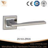 Цинк защелки рычага блокировки для внутренней ручки двери из дерева (Z6182-ZR09)