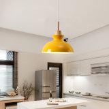 Iluminación pendiente moderna de madera nórdica de la lámpara pendiente LED