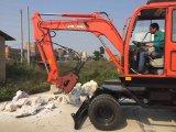 Excavadores de la rueda con la fractura del martillo