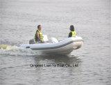 Barco inflável do reforço da fibra de vidro de Liya 3.3m com motores externos