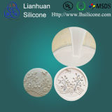 O molde do silicone de RTV Elastosil M4503 que faz para o molde da resina similar alisa sobre