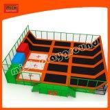 Campo giochi dell'interno morbido divertente del trampolino dell'ammortizzatore ausiliario