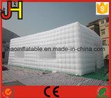 販売のための巨大で白く膨脹可能な玄関ひさしのテント