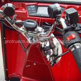 Un tricycle invalidé par passager arrière pour l'essence