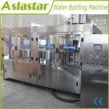 Remplir la bouteille en plastique de A à Z d'eau liquide Machine de remplissage