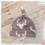 赤ん坊の調節可能な結び目の帽子の綿の静かにかわいいニットの帽子の帽子