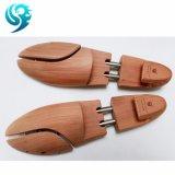 靴の心配のWppdenの文書は木の靴を作る