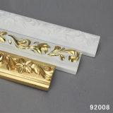 Moulage décoratif bon marché de corniche d'unité centrale de moulage de garniture de polyuréthane