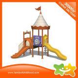 Jogo ao ar livre comercial plástico colorido do campo de jogos do castelo para a venda