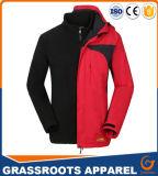 屋外のハイキングのジャケットは暖かいコートのジャケットのスポーツ・ウェアを防水する