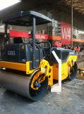 Rouleau de route vibratoire de plein double tambour hydraulique de 6 tonnes (JM806H)