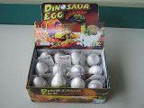 Huevo de dinosaurio (en el embalaje deferente)