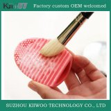 Brosse de beauté en caoutchouc et silicone pratique et durable