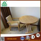 Modèle de table basse et de présidences de Samll en bois de chêne