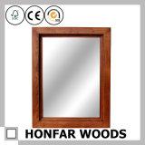 Blocco per grafici di legno grigio rustico dello specchio per la stanza di ospite dell'hotel