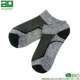 China-Fabrik gestrickte Baumwollmann-Knöchel-Socken