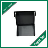 Scatola di cartone ondulata di colore nero completo