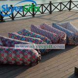 速く膨脹可能な空気スリープ折り畳み寝台浜の空気ソファー