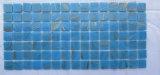 Mosaico blu di vetro del raggruppamento