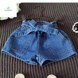 Shorts del denim di disegno di vendita calda di estate nuovi per le ragazze dai jeans della mosca