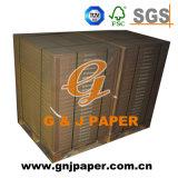 Papier libre en bois blanc non revêtu élevé en forme de feuille