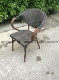 庭のレストラン(SP-OC373)のためのPEの藤が付いているスタック可能屋外アルミニウムフレームの椅子