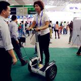 Scooter électrique de équilibrage de mobilité d'individu de roue du prix usine deux mini