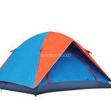 3-4人のテント、二重layer湖の余暇のテントのキャンプ