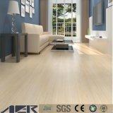 Heiß-Verkauf hölzerner Entwurfs-trockener Rückseite Belüftung-Vinylbodenbelag Lvt Fußboden