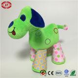 Mignon chien drôle de cadeau coloré vert un jouet en peluche pour les enfants