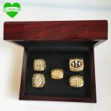 кольцо чемпионата San Francisco 49ers сплава 1981/1984/1988/1989/1994 цинка 5PCS установленное с деревянной коробкой