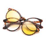 Tr90 Clip sur des lunettes de soleil Lunettes de soleil polarisées miroir de la lentille de revêtement