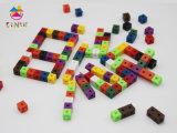 El aprendizaje de plástico de la cadena de enlaces de plástico para niños Play