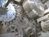 自動ペットびんの液体の満ちるパッキング機械