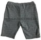 Shorts di base di stile per il ragazzo con il bordo grezzo