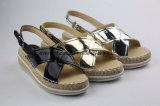 Nuevos Zapatos Planos Atractivos de las Mujeres del Verano de la Sandalia con la Parte Superior Cruzada