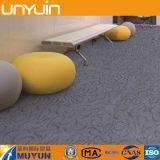 Haltbare selbstklebende/Kleber legen unten Vinylfliese mit Teppich aus