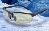 Óculos de sol polarizados Tr90 que pescam vidros da locomotiva dos vidros