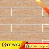 Kijkt de Tegel niet van de Misstap met het Matte Hout van de Oppervlakte Rustieke Ceramiektegel (GP18004)