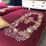 Вышитая роскошная крышка постельных принадлежностей сатинировки
